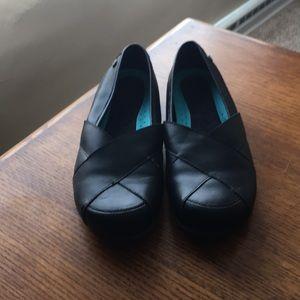 Shoes - Mozo woman's non slip shoes